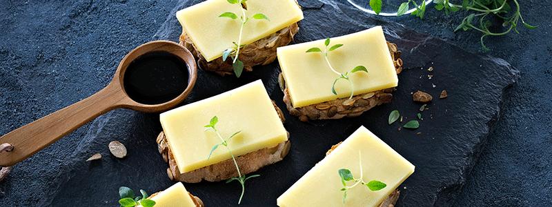 leipia joissa juustoa paalla